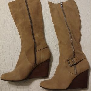 Bcbgeneration tan wedge leather boots